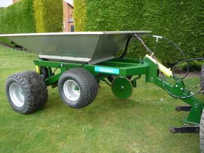 Shelton 3 tonne gravel band drainer side view