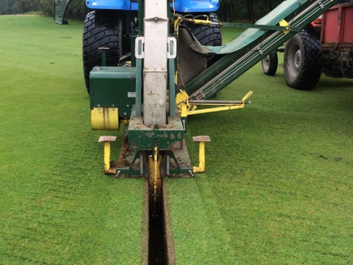 Fairway drainage at Elsham Golf Club with the Supertrencher+ 760